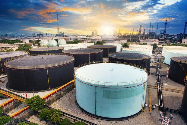 جهش ۱ درصدی قیمت نفت خام با کاهش تولید عراق و گزارش آرامکو