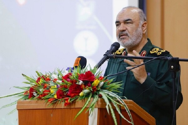 جهاد در سپاه بیوقفه و غیرمنقطع جاری است/ «برند» انقلاب هستیم